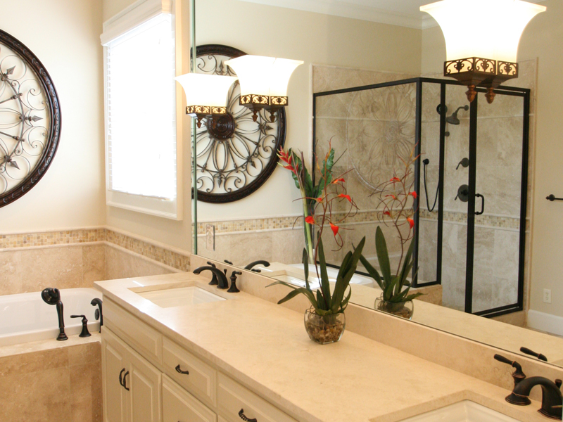 Traditional House Plan Bathroom Photo 03 024D-0797