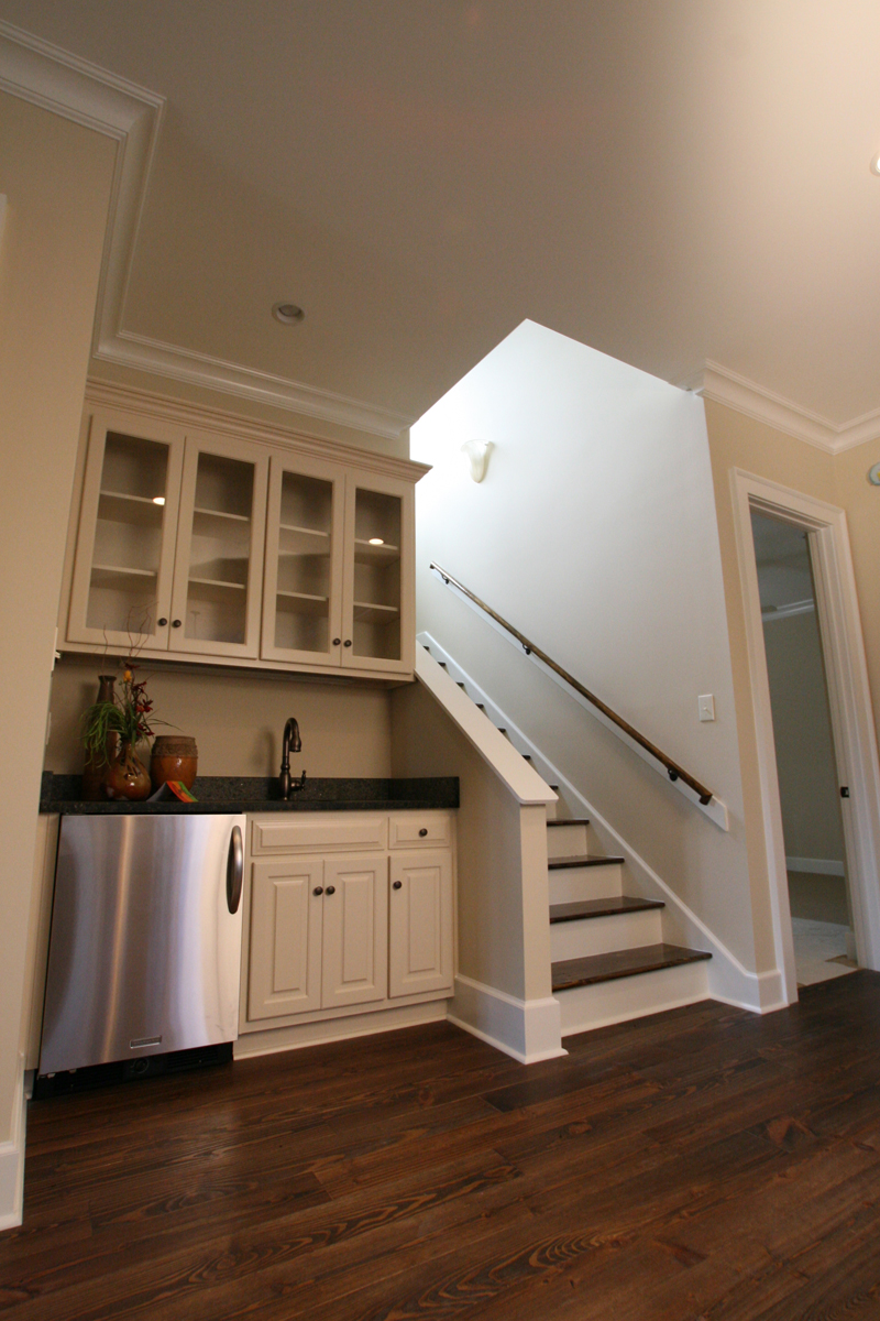 Acadian House Plan Stairs Photo 024D-0797