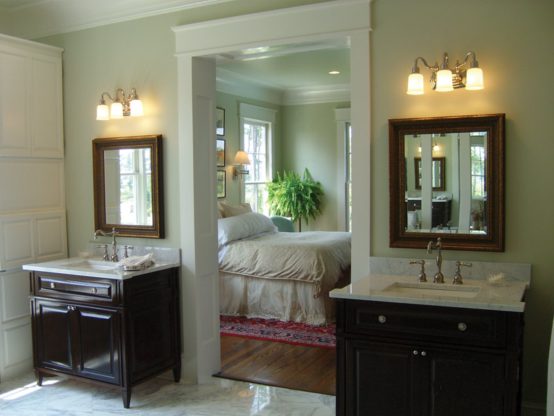 Colonial Floor Plan Master Bathroom Photo 02 024S-0022
