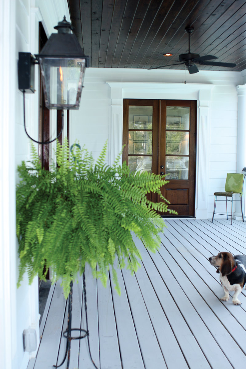 Cape Cod and New England Plan Porch Photo 01 024S-0022