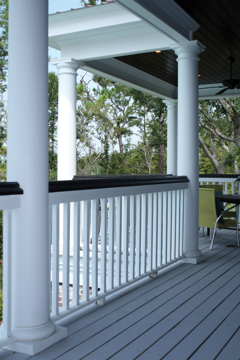 Lowcountry Home Plan Porch Photo 02 024S-0022