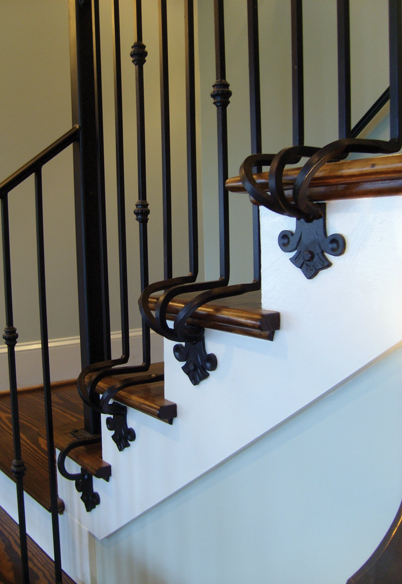 Traditional House Plan Stairs Photo 024S-0022