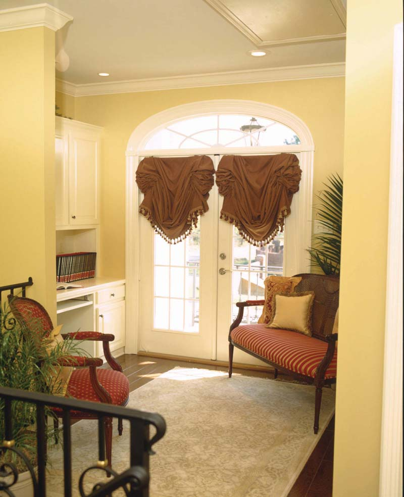 Colonial Floor Plan Door Detail Photo - 024S-0023 | House Plans and More
