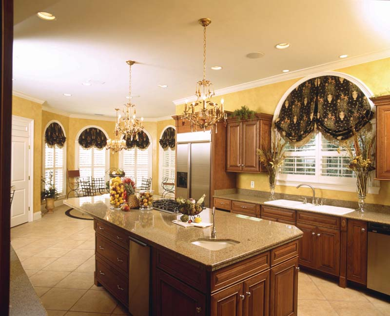 Plantation House Plan Kitchen Photo 01 - 024S-0023 | House Plans and More