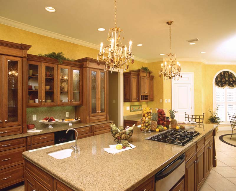 Southern plantation house plan kitchen photo 02 plan 024s House plans with large kitchen island