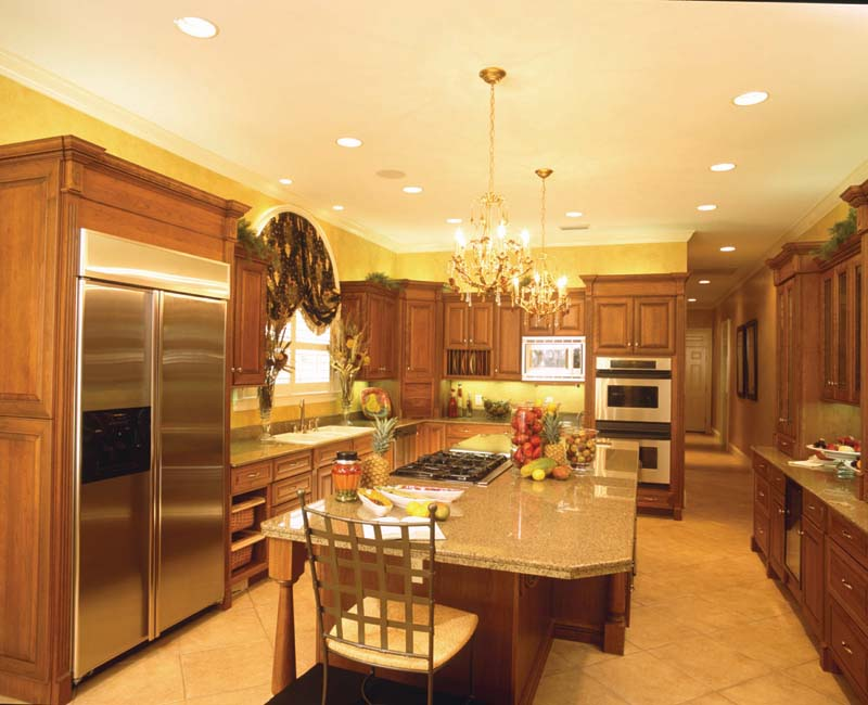 Greek Revival Home Plan Kitchen Photo 03 024S-0023