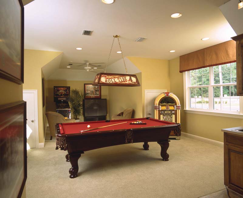 Luxury House Plan Recreation Room Photo 01 024S-0023