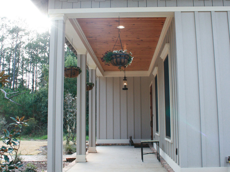 Traditional House Plan Front Porch Photo - Hamilton Creek Green Home 024S-0024 | House Plans and More