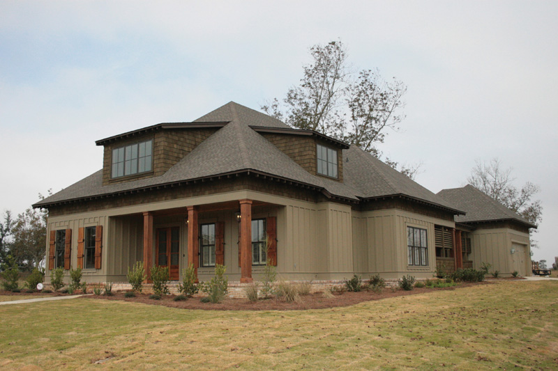 Traditional House Plan Front Photo 01 024S-0024