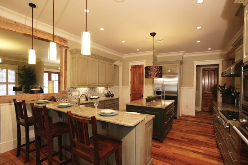Traditional House Plan Kitchen Photo 02 024S-0024