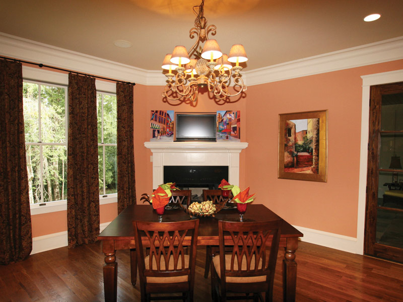 Country French Home Plan Breakfast Room Photo 01 024S-0025