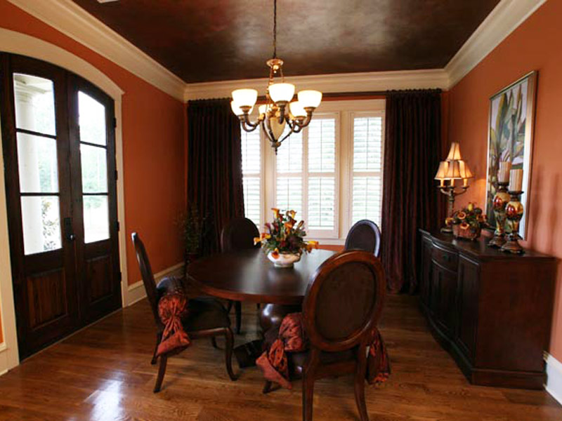 Country French Home Plan Dining Room Photo 02 024S-0025