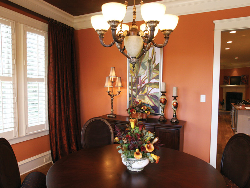 Southern House Plan Dining Room Photo 03 024S-0025