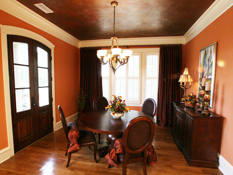 Southern House Plan Dining Room Photo 04 024S-0025