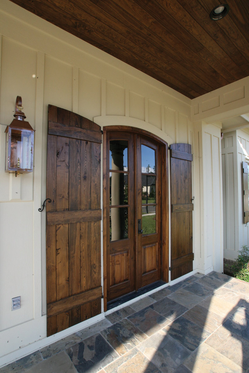 English Cottage Plan Door Detail Photo 03 024S-0025