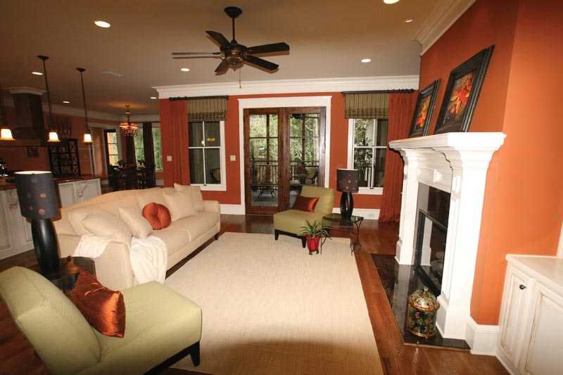 Waterfront Home Plan Family Room Photo 03 024S-0025
