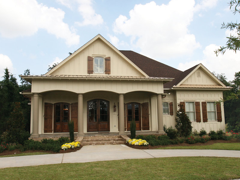 Waterfront Home Plan Front Photo 10 024S-0025