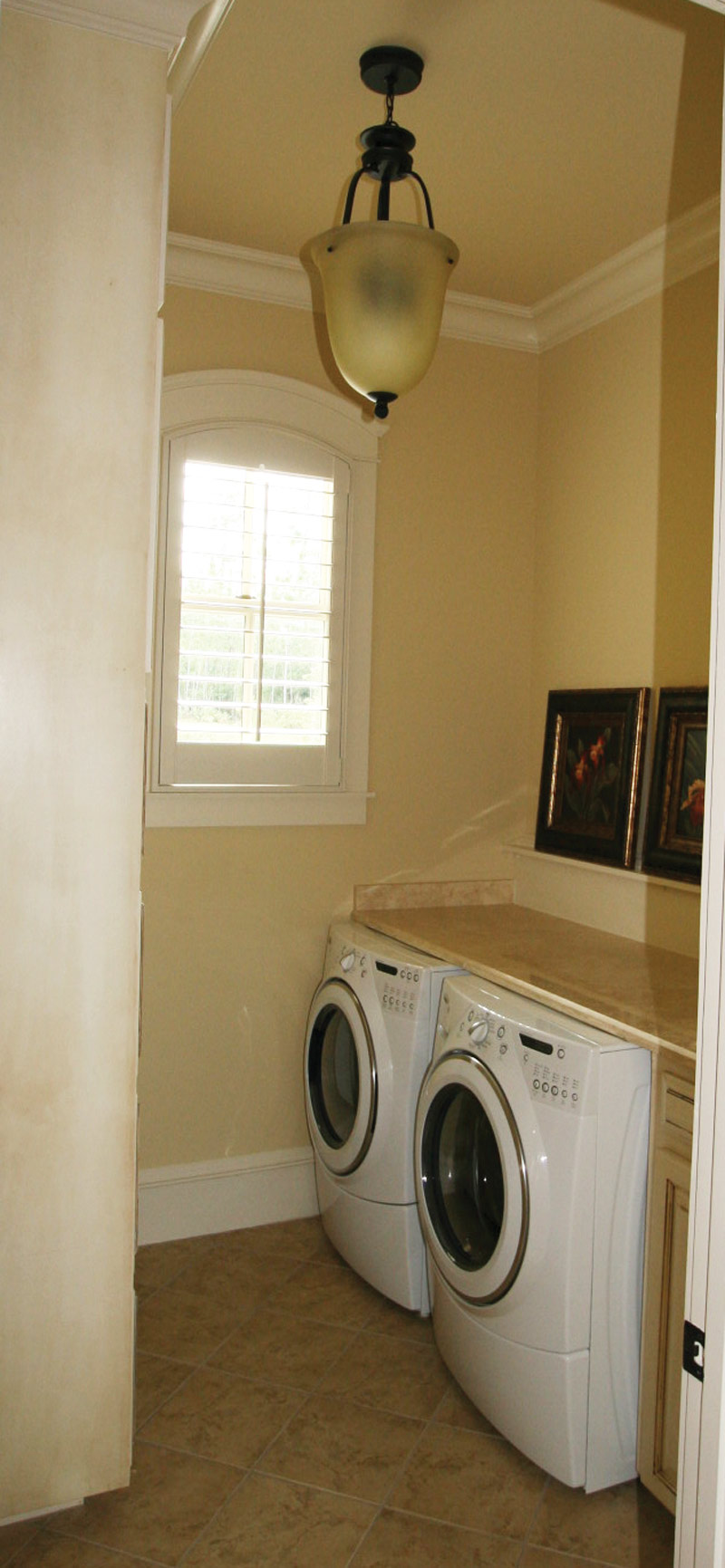 Traditional House Plan Laundry Room Photo 024S-0025