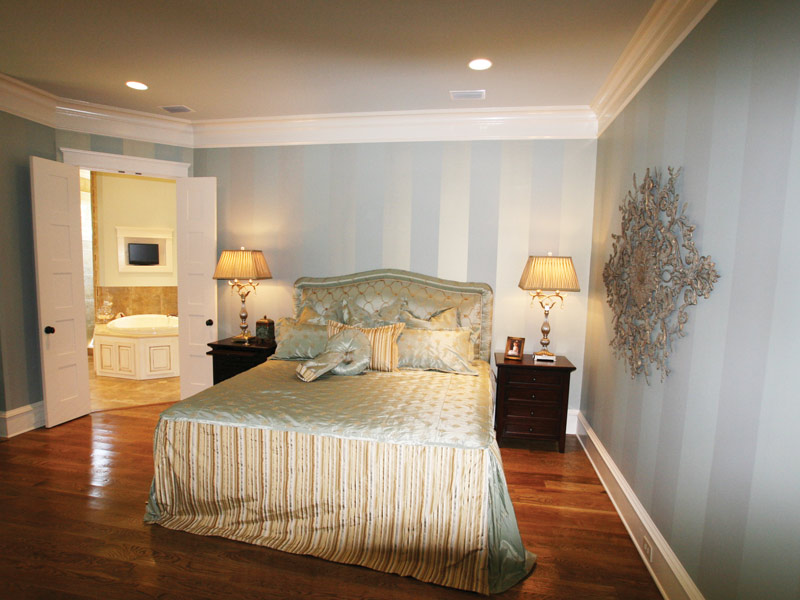 Country French Home Plan Master Bedroom Photo 01 024S-0025