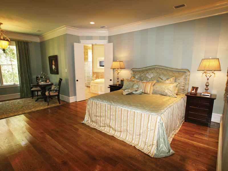 Country French Home Plan Master Bedroom Photo 03 024S-0025