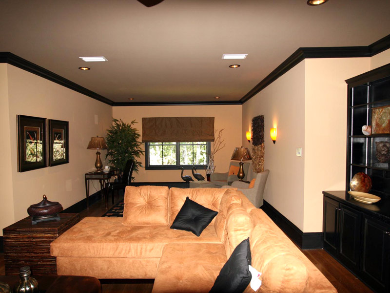 Waterfront Home Plan Media Room Photo 02 024S-0025