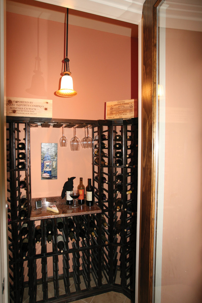 Country French Home Plan Wine Closet Photo  024S-0025
