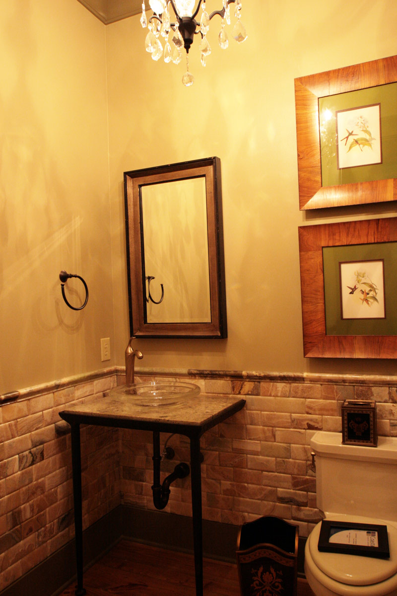 Vacation House Plan Guest Bathroom Photo 024S-0026