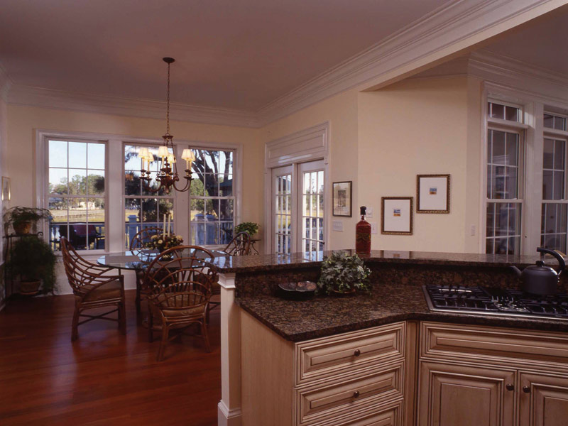 Waterfront Home Plan Breakfast Room Photo 01 024S-0037