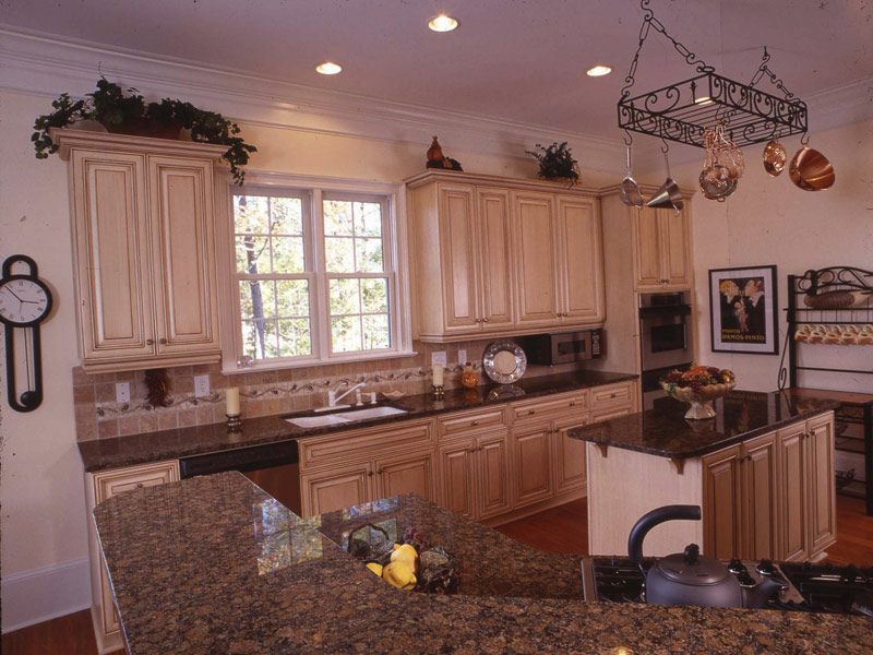 Colonial House Plan Kitchen Photo 06 - 024S-0037 | House Plans and More