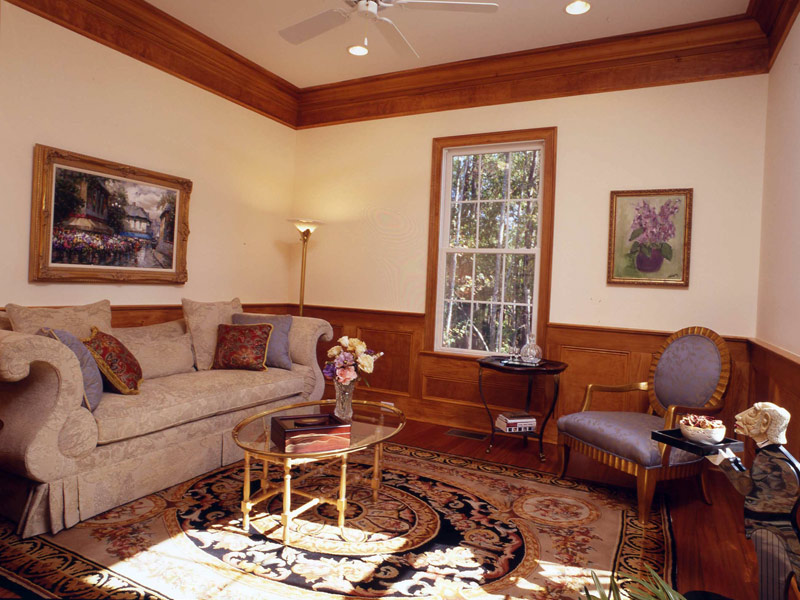 Colonial House Plan Sitting Area Photo 024S-0037