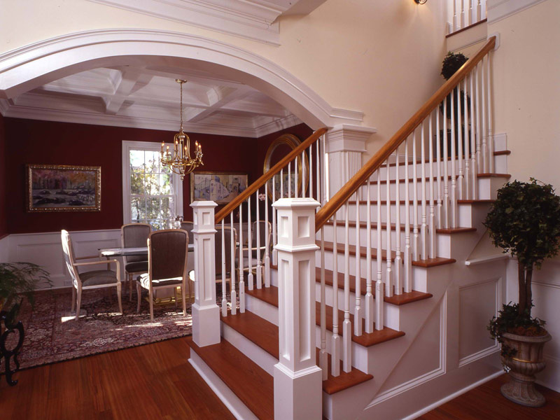 Colonial Floor Plan Stairs Photo 024S-0037