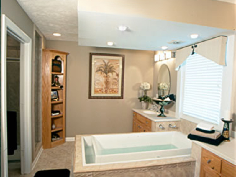 Traditional House Plan Master Bathroom Photo 01 - 026D-0929 | House Plans and More