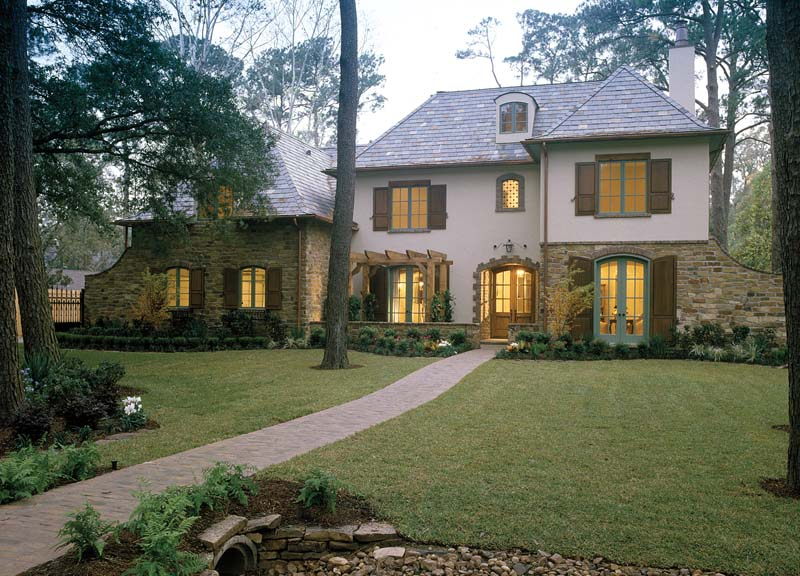 Luxury Home Has Memorable English Cottage Style
