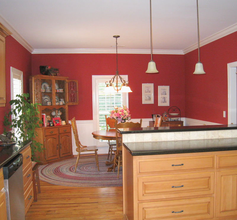 Cape Cod and New England Plan Dining Room Photo 01 028D-0054