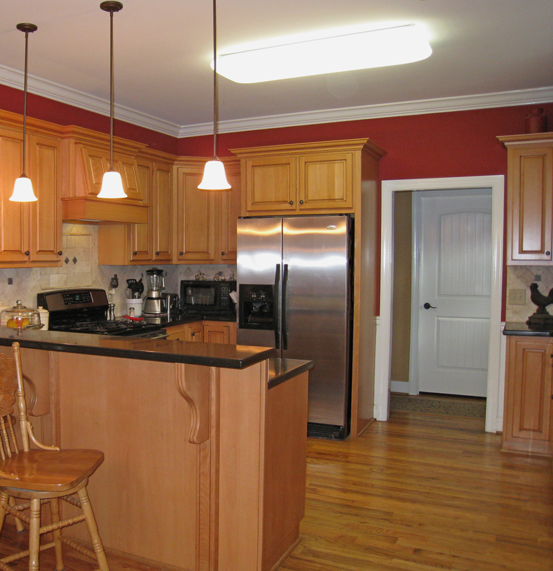 Cape Cod and New England Plan Kitchen Photo 01 028D-0054