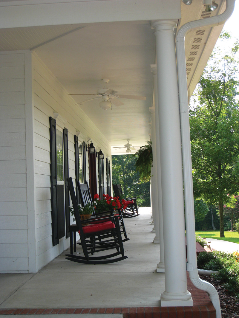 Colonial Floor Plan Porch Photo 01 028D-0054