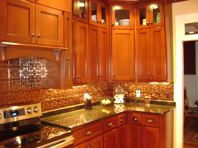 Traditional House Plan Kitchen Photo 01 028D-0087