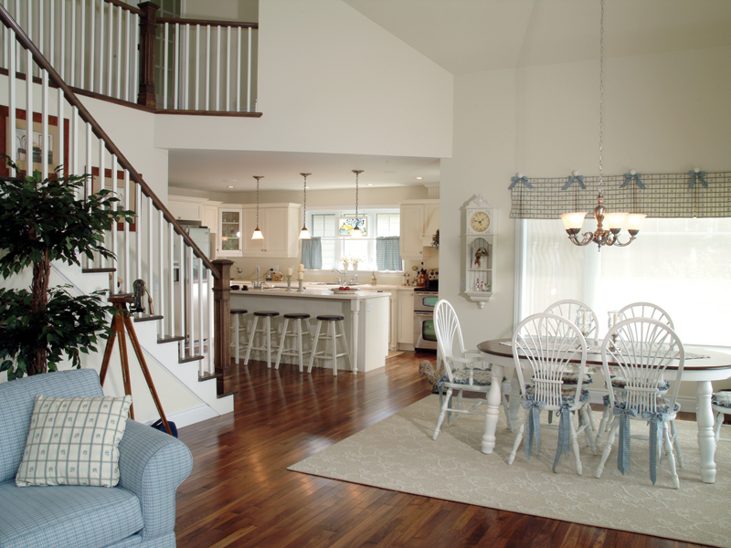Southern House Plan Dining Room Photo 01 032D-0040