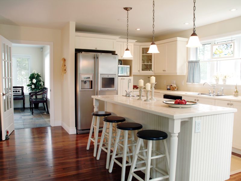 Vacation Home Plan Kitchen Photo 01 032D-0040
