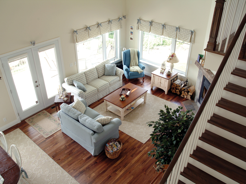 Vacation Home Plan Living Room Photo 02 032D-0040
