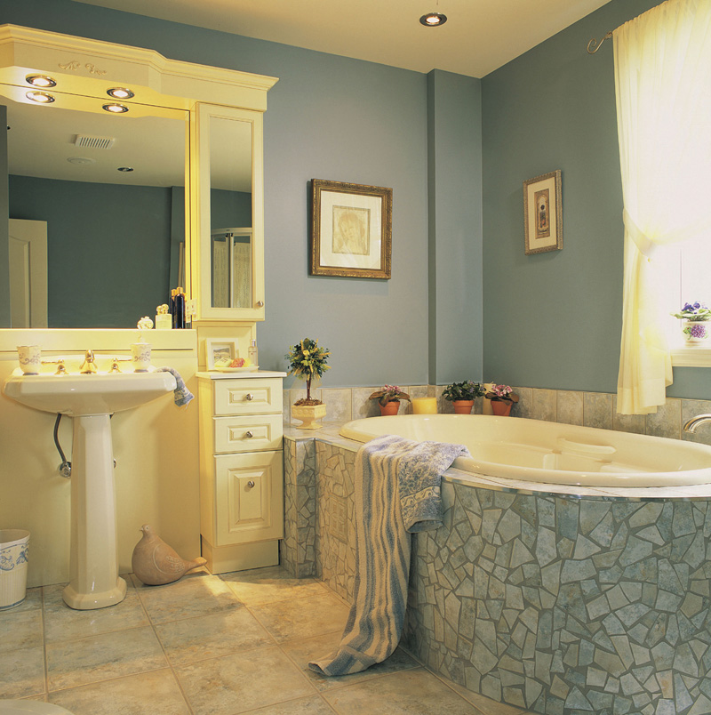 Traditional House Plan Bathroom Photo 01 032D-0234
