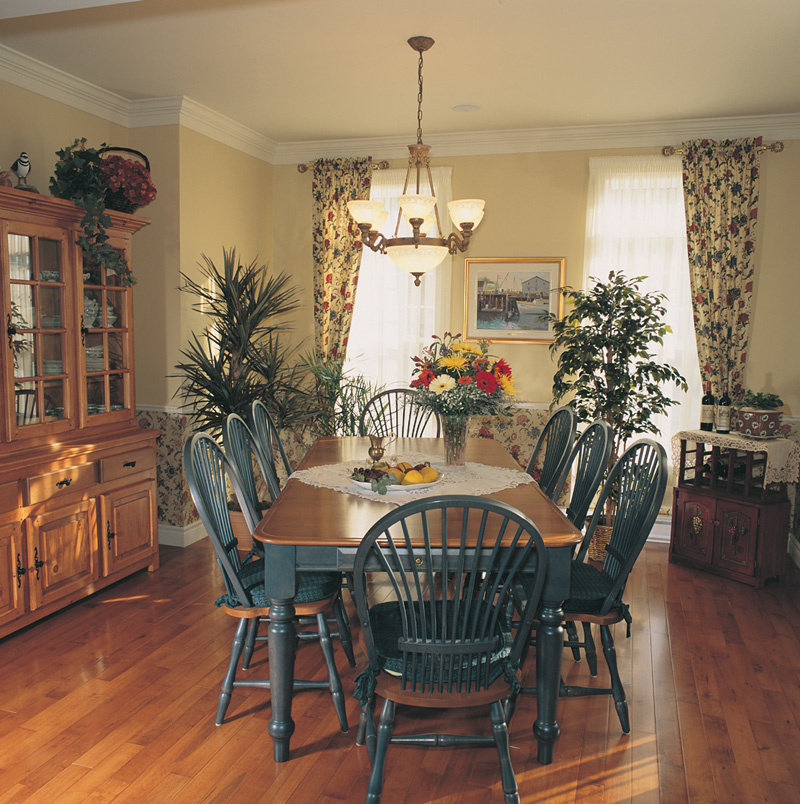 Southern House Plan Dining Room Photo 01 032D-0234