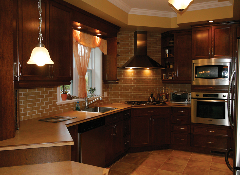 European House Plan Kitchen Photo 03 032D-0235