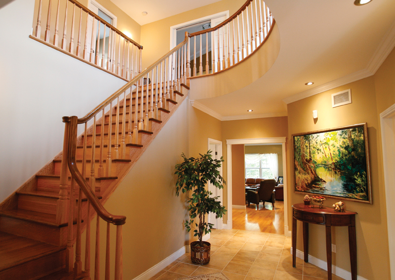 Traditional House Plan Stairs Photo 02 032D-0235
