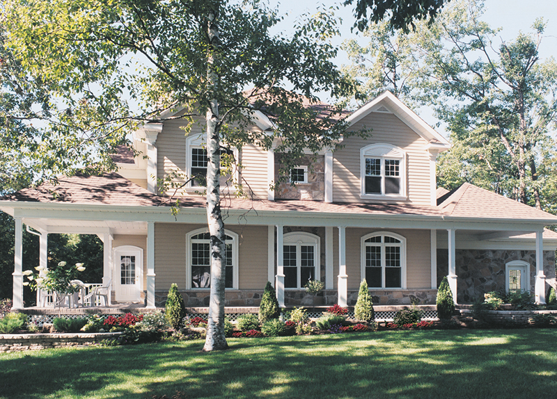 Country Farmhouse Has Loads Of Curb Appeal With Symmetrical Faade