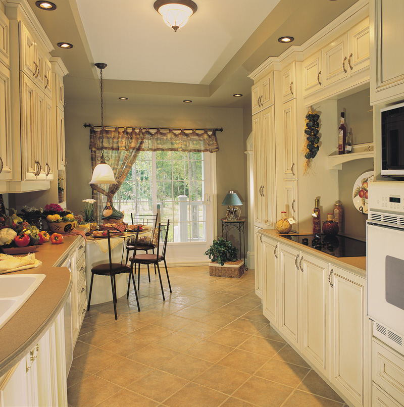 Southern House Plan Kitchen Photo 02 032D-0341