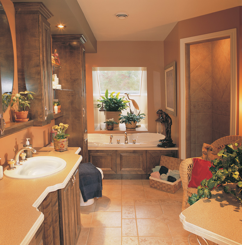 Southern House Plan Master Bathroom Photo 01 032D-0341