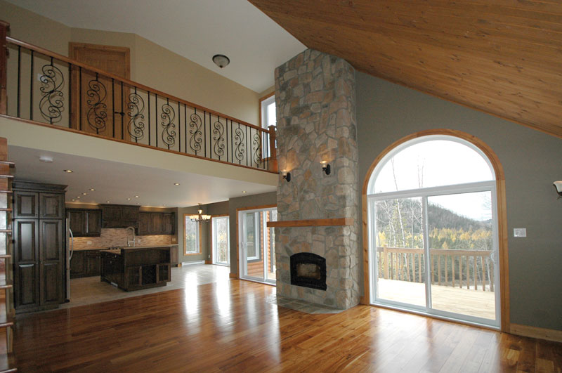 Mountain Home Plan Great Room Photo 01 032D-0368