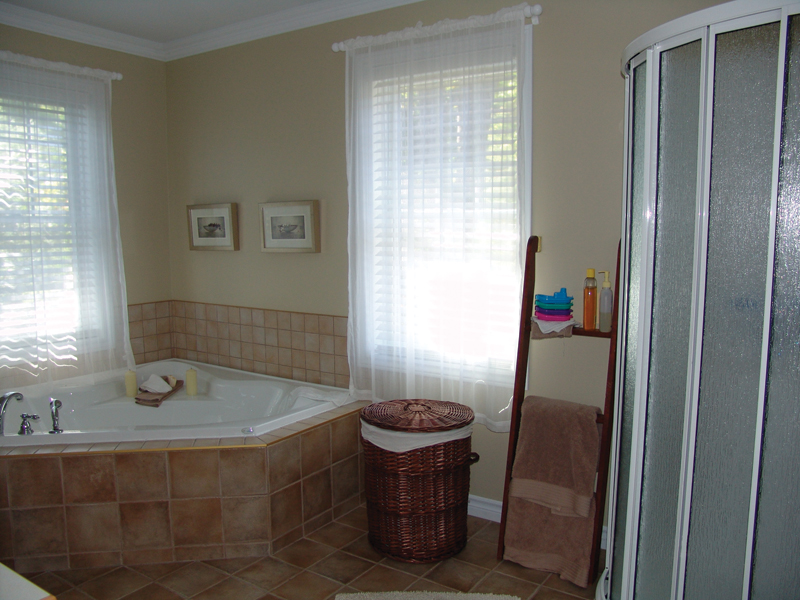 Bathroom Photo 01 - 032D-0481 | House Plans and More