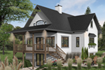 Casual Country Cottage Is Great For Lakeside Living